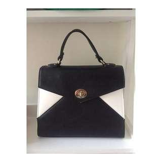 Kate Hill | Black & White Handbag with Gold Hardware