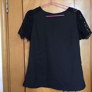 韓國 黑色通花蕾絲手袖上衣