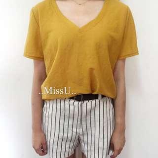 V領顯瘦質感面料顯白黃t