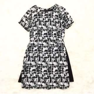 Dresabelle Abstract Dress