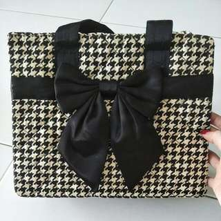 Houndstooth Design Bag