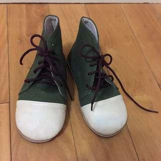 軍綠拼接狀色小半桶童鞋,出清降降降