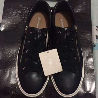 Stradivarius Black Shoes
