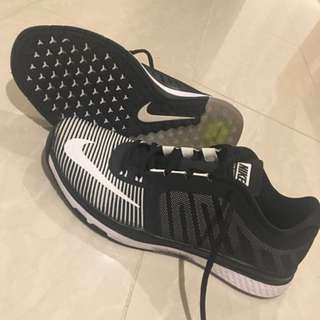 Size 8 Nike Zoom Speed