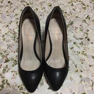 Elyse Black Heel