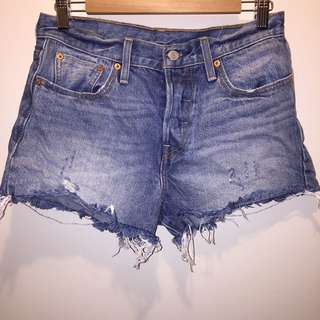 Levis Denim Short Sz28