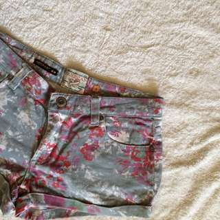 Parisian Gray Short Shorts