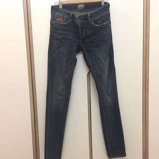 Superdry牛仔褲