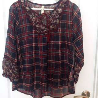 Cute Blouse With Tassels