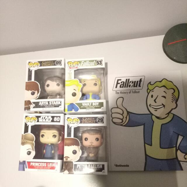 4 Pop Vynls and Fallout Book(Game of Thrones,  Star Wars)