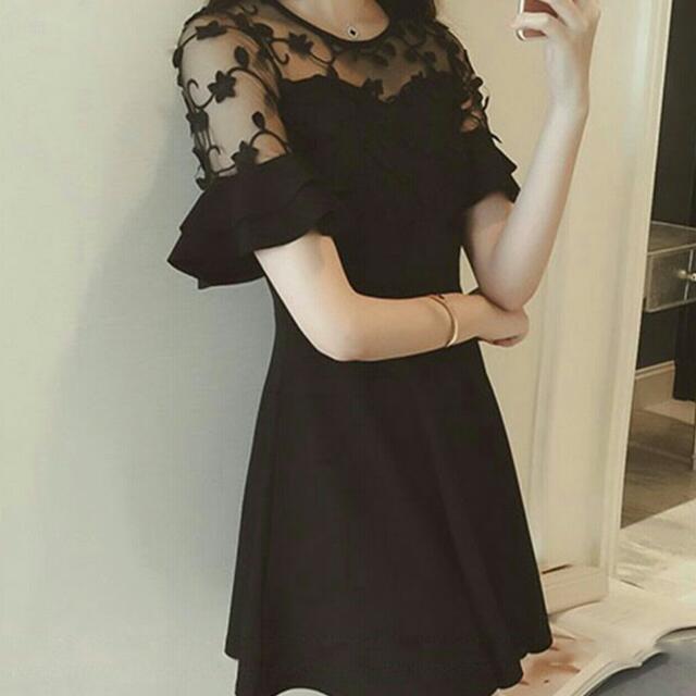 透膚顯瘦連身洋裝