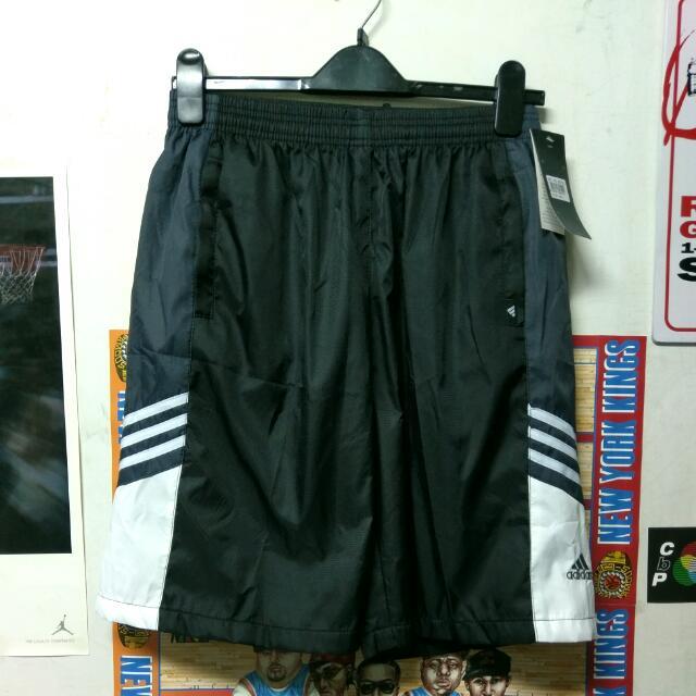 Adidas 運動短褲 風褲 內裡網布 側邊三條線
