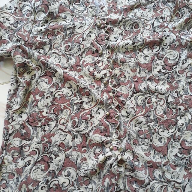 Baju Batik Batik Gitu. Masih Bagus 😊