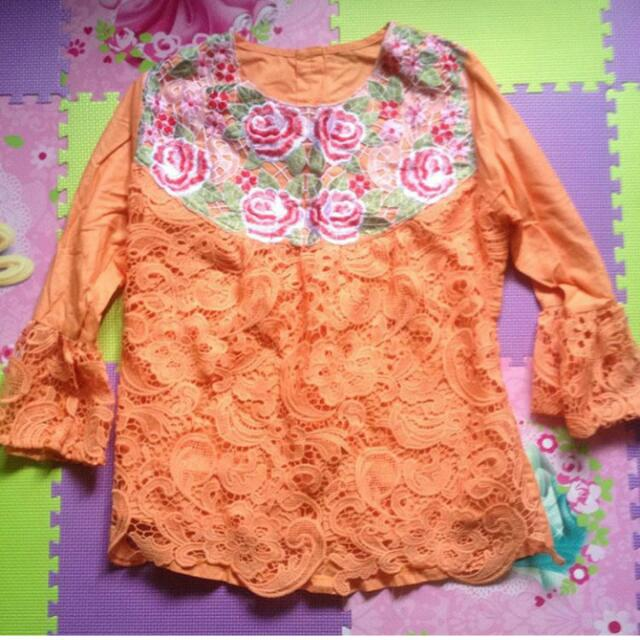 Baju Orange Flower