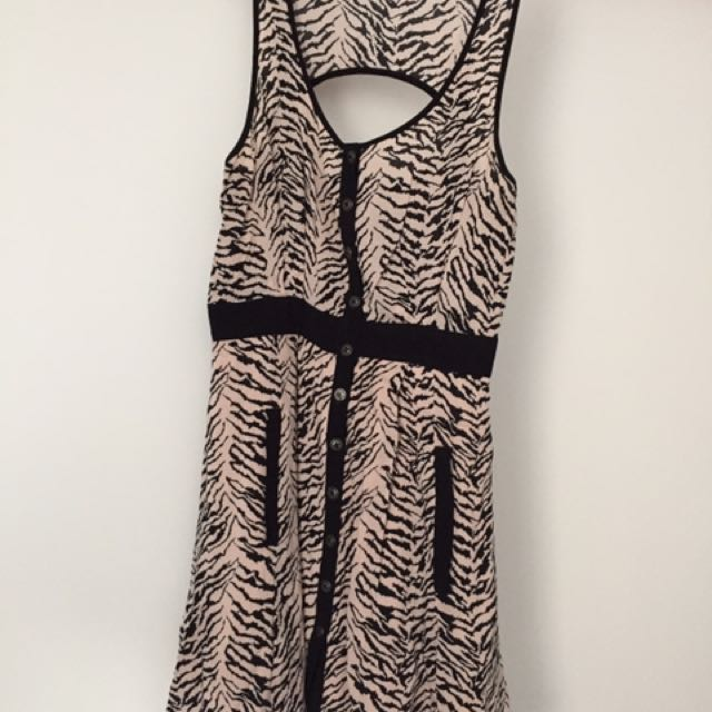 BCBG Generation Dress US Size 8