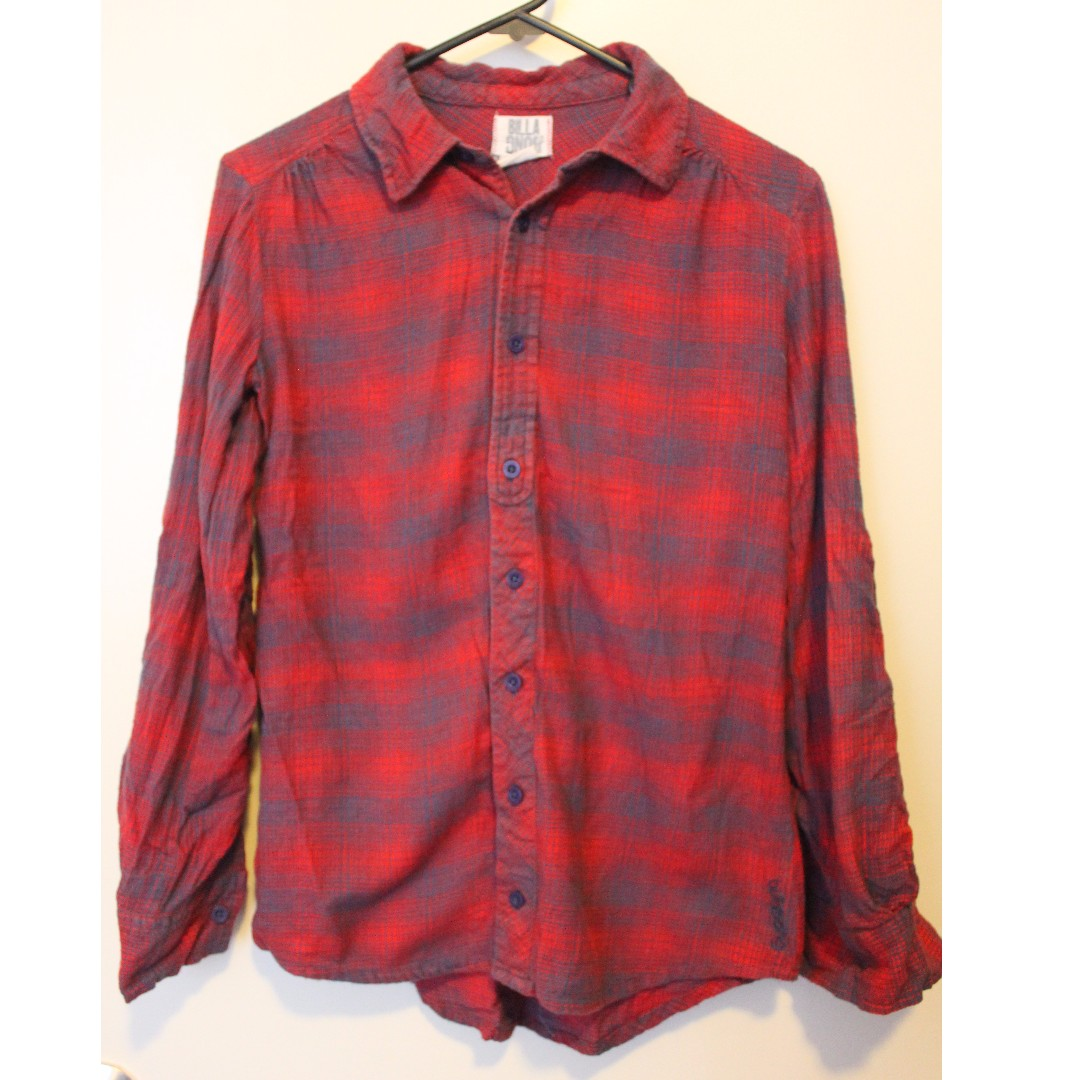 BILLABONG red and blue flanno size S