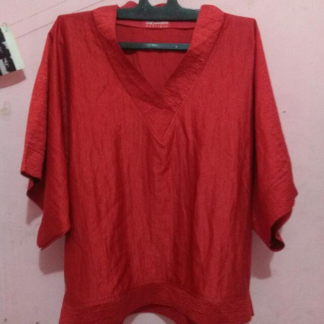 Blouse Merah V Neck
