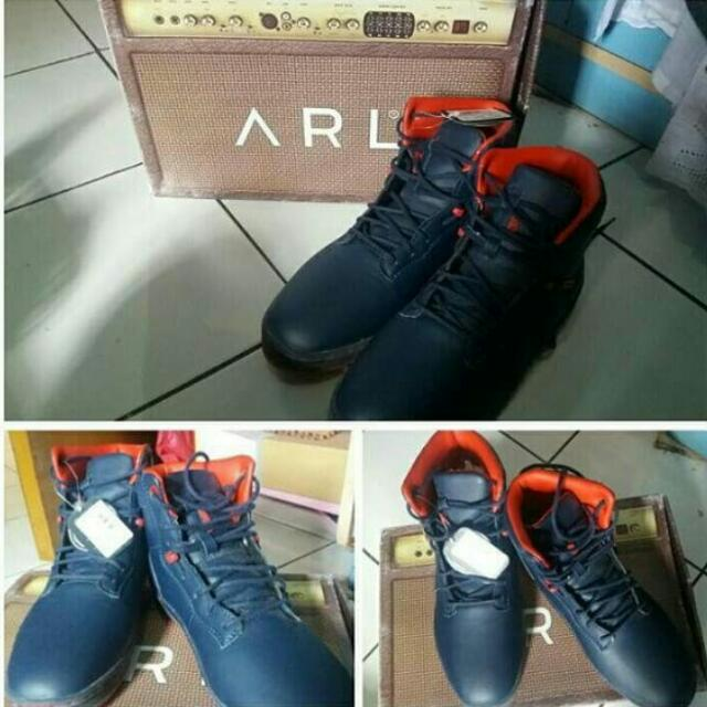 Boots Arl By Hardware