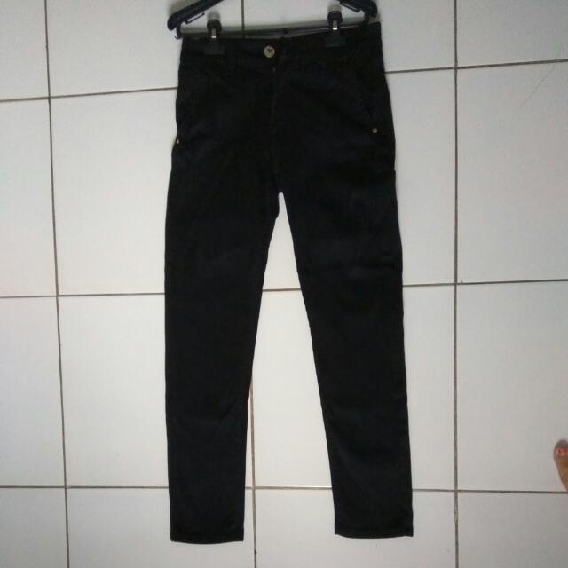 Celana Jeans Pria Celana Jeans Cowok Celana Guess Cowok Celana Panjang Cowok e7ed342617