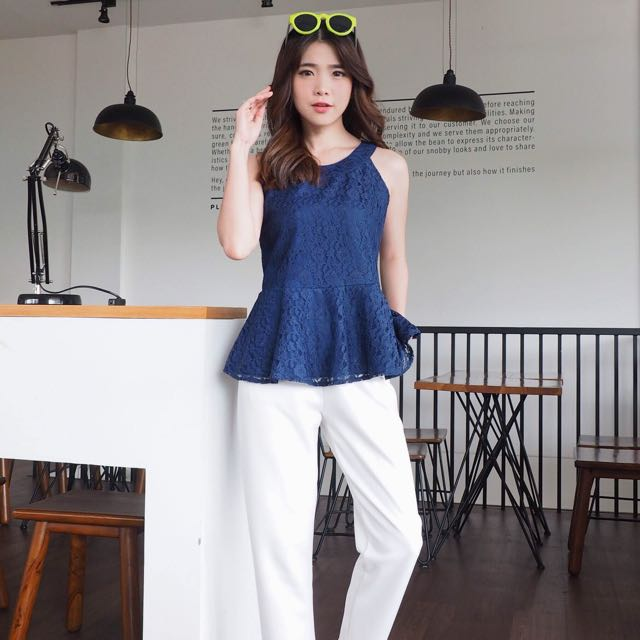 Chilla Lacey Top