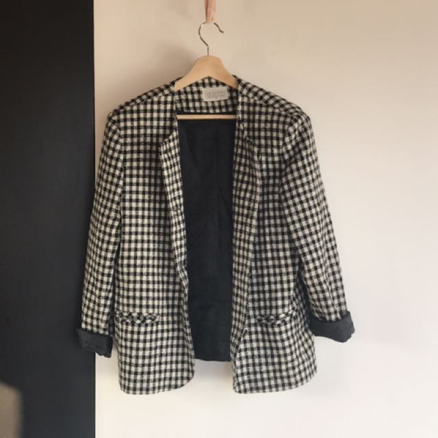 Classic Hounds Tooth Black and White Blazer