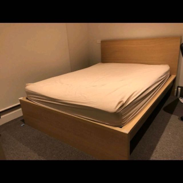 Double Bed ( Bed Frame + Mattress )