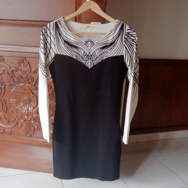 Dress Cheries Black &White