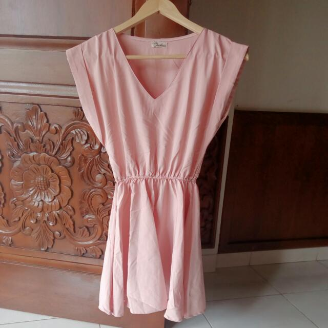 Dress Peach Simple Elegant