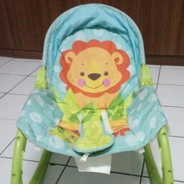 Fisher Price Baby Bouncer Newborn To Toddler- Portable Rocker (GRATIS GEOS!!)