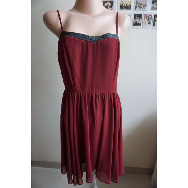 FOREVER 21- Maroon Dress