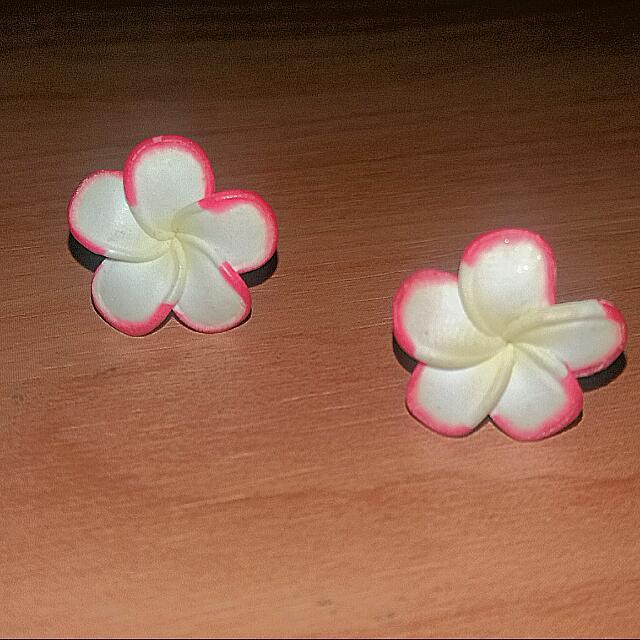 Frangapini Stud Earrings