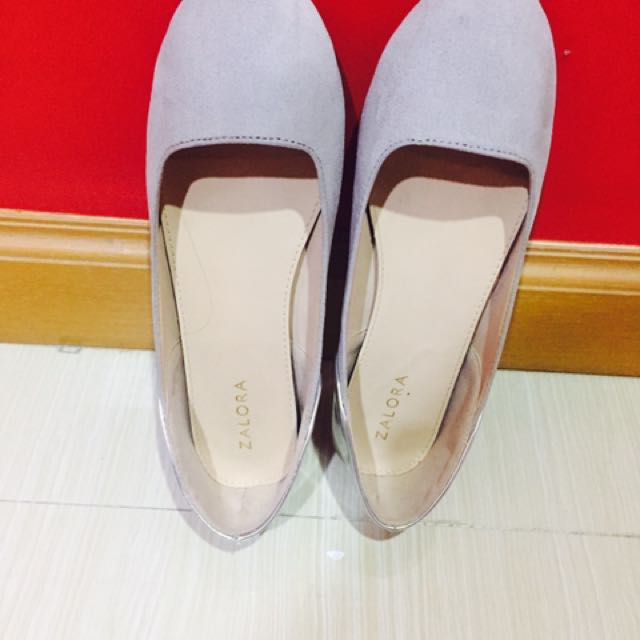 Gray with silver Flat shoes