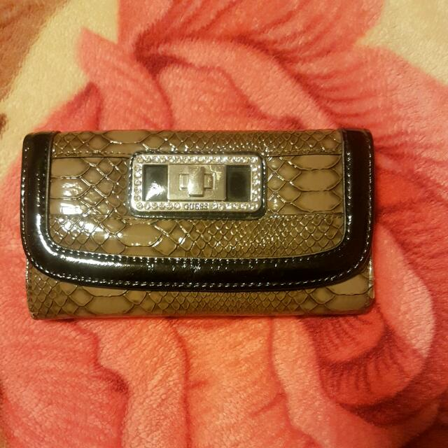 Guess Wallet Replica