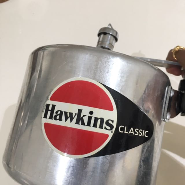 Hawkins Pressure Cooker With Whistle