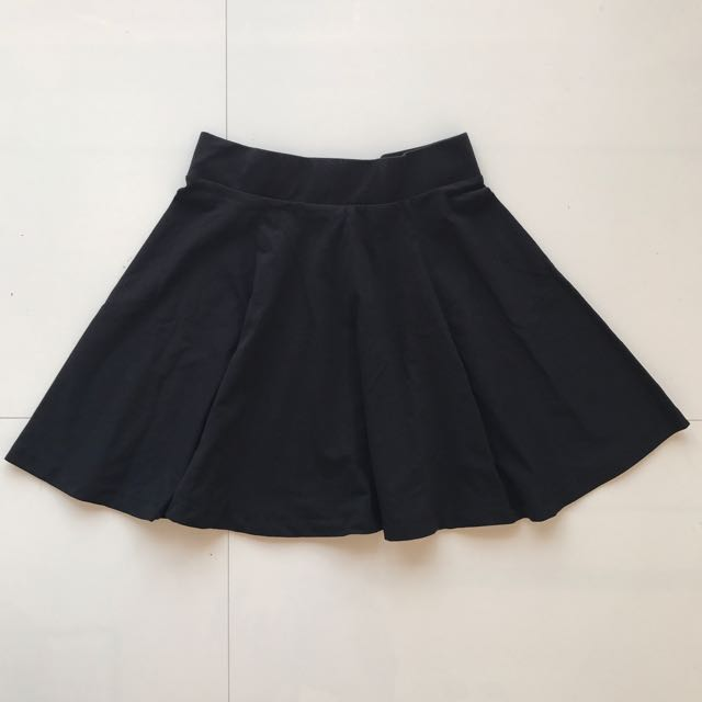 675f51a85 H&M Black Skater Skirt, Women's Fashion, Clothes, Dresses & Skirts ...