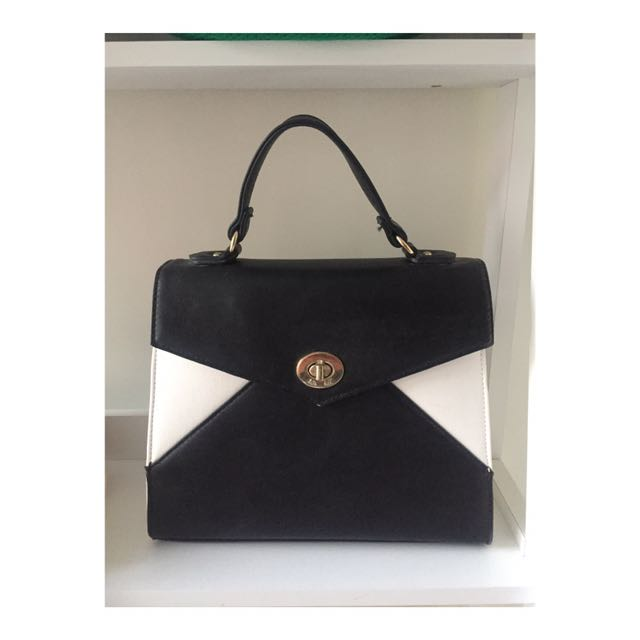 Kate Hill   Black & White Handbag with Gold Hardware