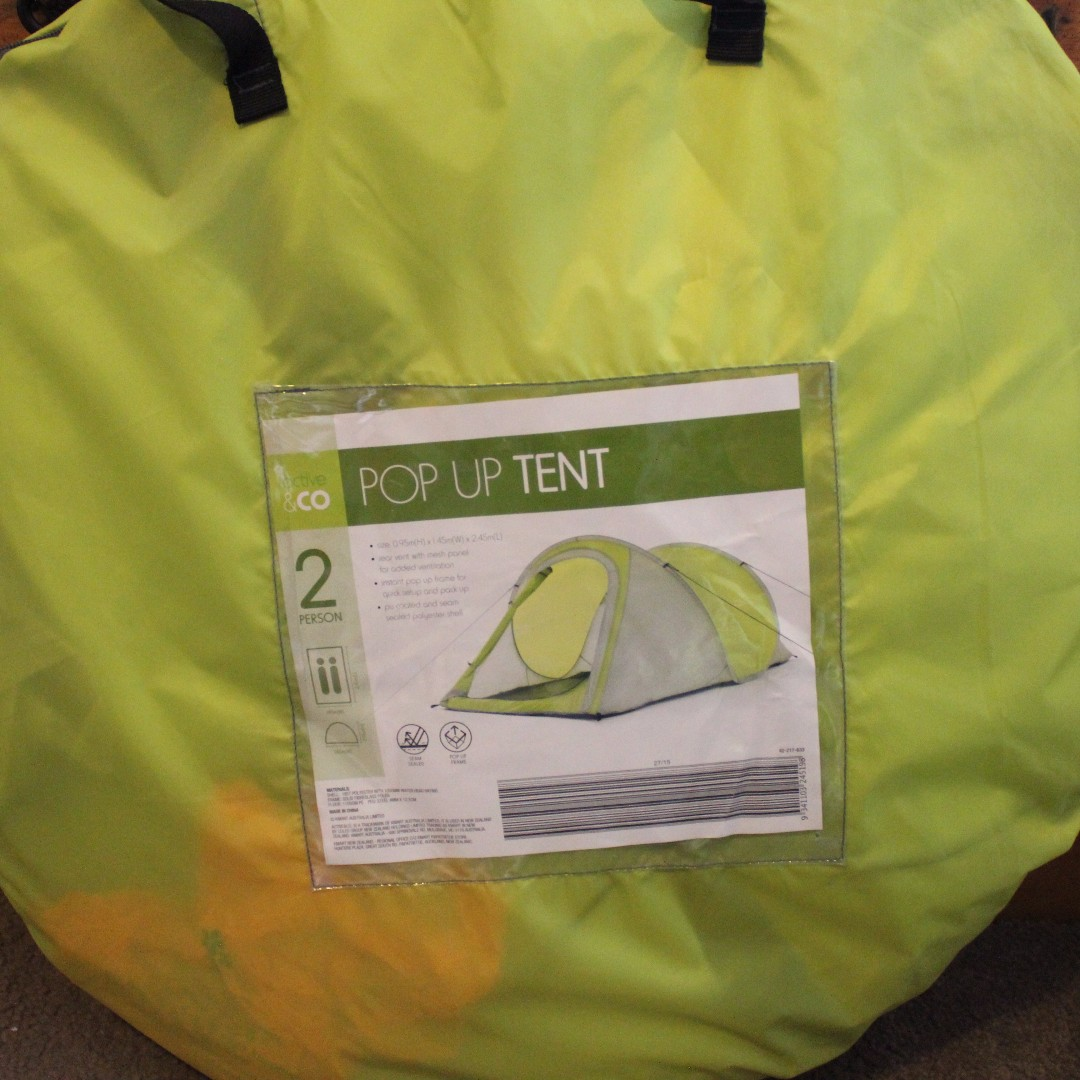 Kmart pop up tent 2 person, Sports, Camping & Hiking on