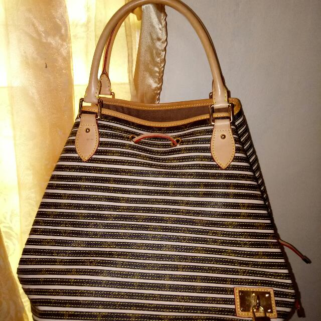 2565edb53fee Louis Vuitton Eden Neo Bag