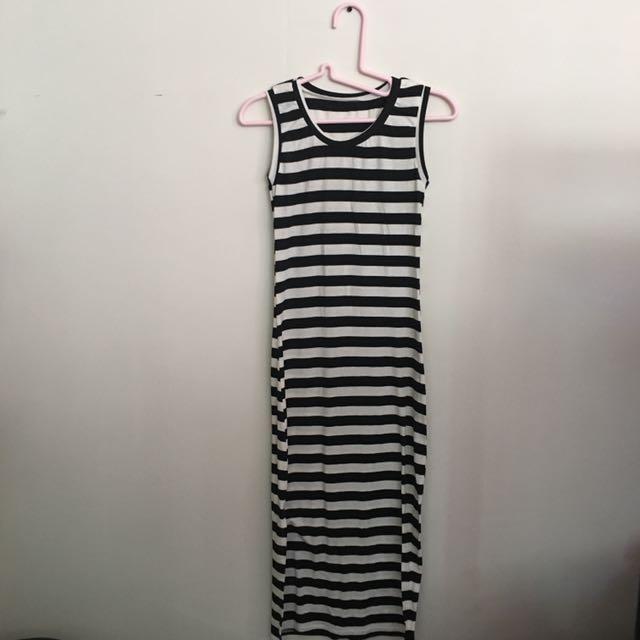 Maxi Dress (with slit)