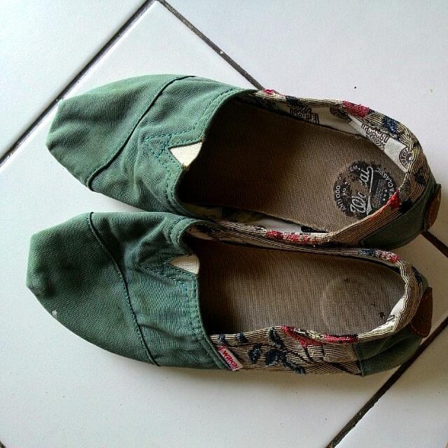 Original Wakai Shoes