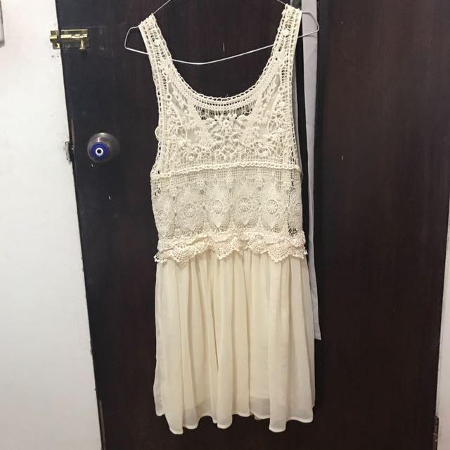 pullnbear dress brukat