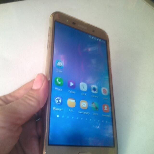 """Samsung C9 Premium 6""""LCD"""