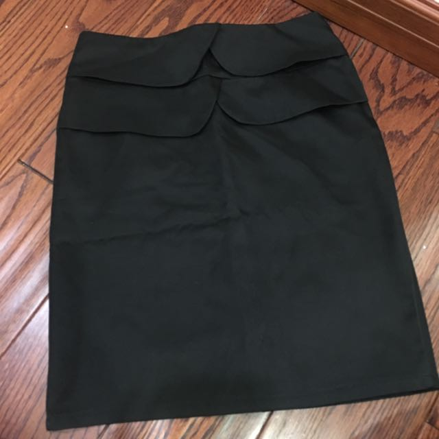 Size small black pencil Skirt