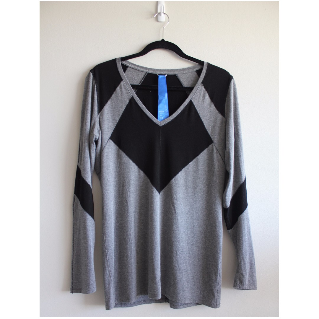 Sz 10 - Kit and Ace Long Sleeve Cashmere Tshirt