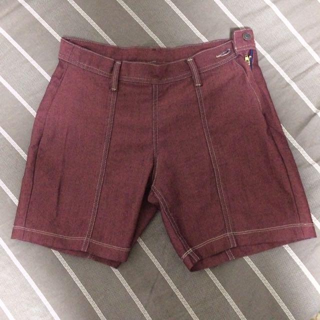 Tailored Fitted Short - Maroon