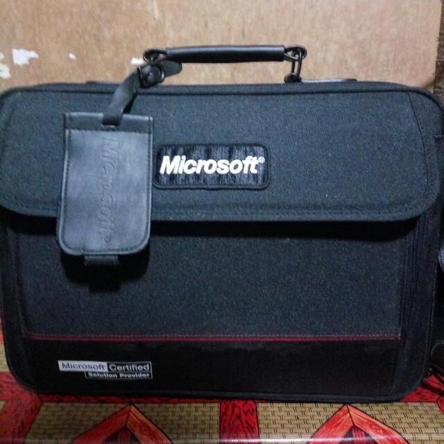 tas laptop