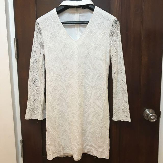 Zalora Lace Bell Sleeves Dress
