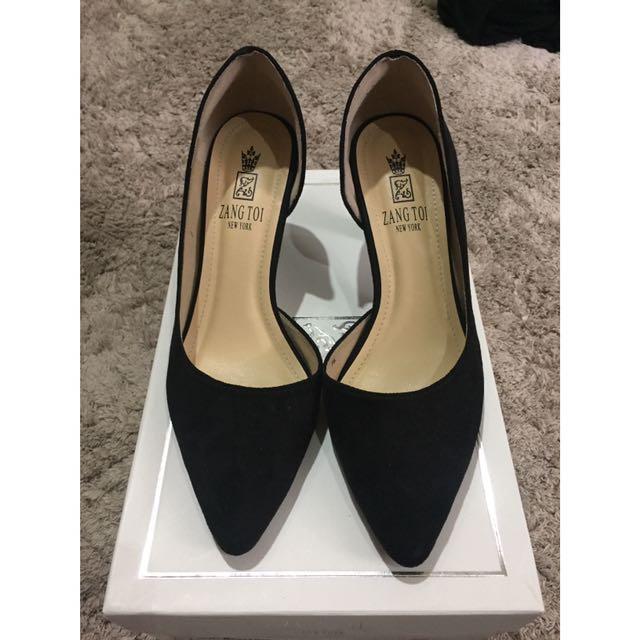ZANG TOI Velvet Shoes on Carousell