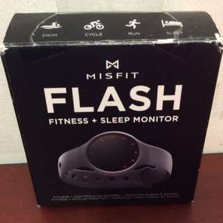 Misfit Wearables Flash - Fitness and Sleep Monitor (Black)
