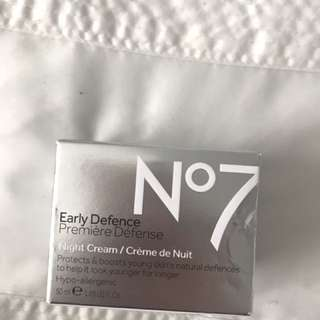 No7 Early Defence Premiere